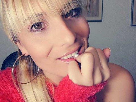 victoria-blonde
